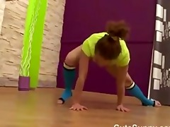 exposed teen gymnast shows erotic workout