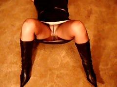 my 31 year old wife pants below hose upskirt