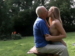 grandpapa cleans and fuck alexis\s shaved slit