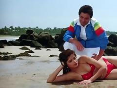 sonam bikini scene rarely movie-vijay (39110)