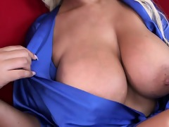 lascivious stepmom shows how to have worthy sex